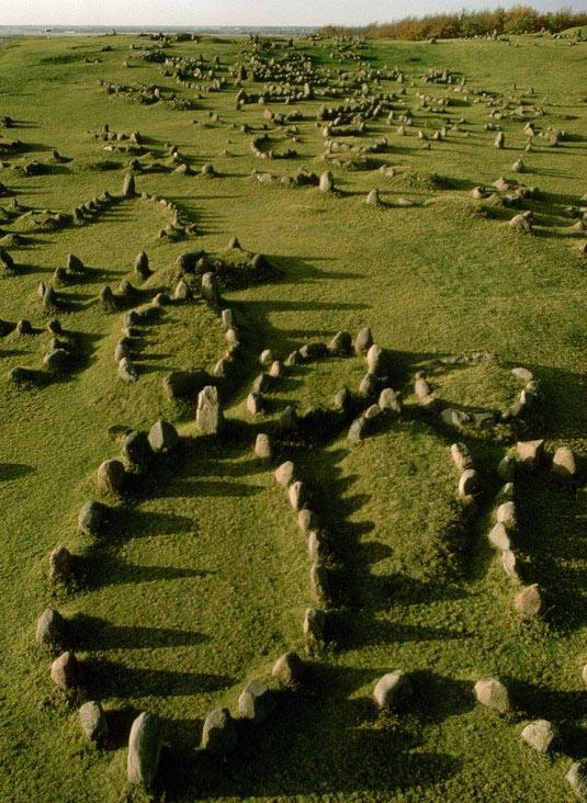 丹麦海盗坟地:北欧最大的坟地