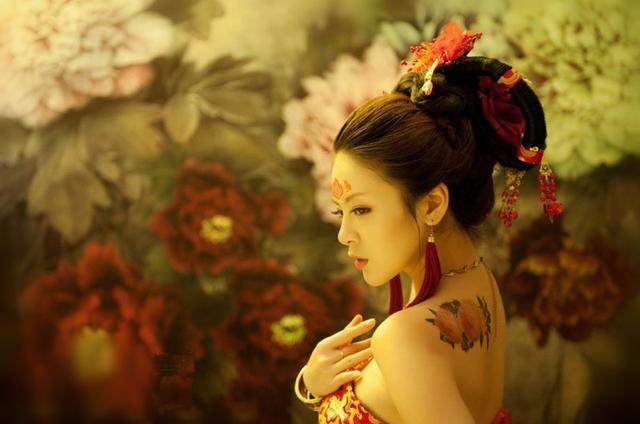 一个女人竟被六个皇帝疯抢了60年 !史上奇女子萧太后的六次婚姻