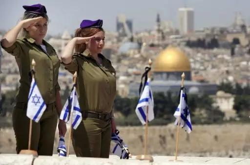 世界上有两种女兵:一种是以色列女兵,一种是其他女兵