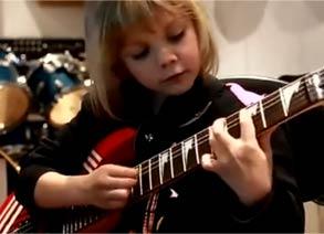 金发萝莉电吉他演奏加勒比海盗主题曲