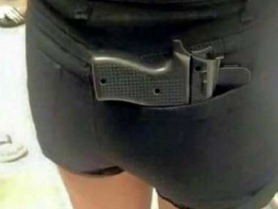 自从有了这个手机壳 逛街再也不怕被偷了