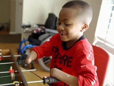 8岁小男孩的双手颠覆了人类医学的历史