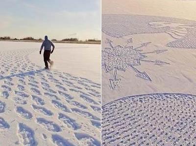 雪地画巨龙 艺术家在雪地里走了10个小时画出了一条巨龙