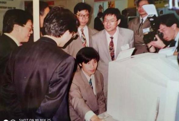 小米创始人雷军的30年隐秘暴富史