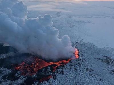 冰岛为何会频繁出现地震:20天逾4万次地震 冰岛人被震到失眠