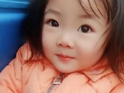 【视频】外卖奶爸:外卖小哥带六个月大女儿一起送外卖感动网友