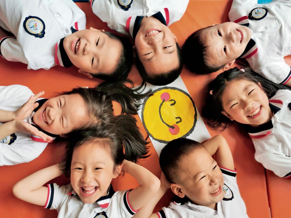 三孩生育政策来了! 政治局会议提出进一步优化生育政策