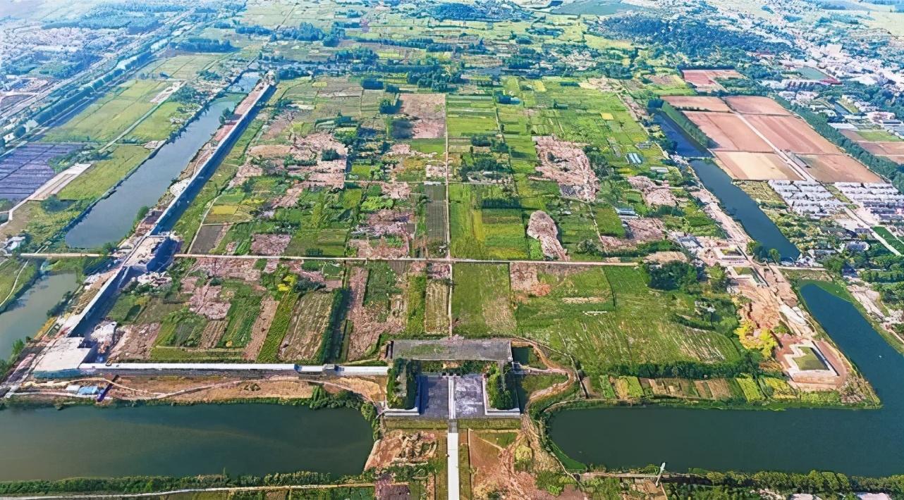 """去凤阳找北京的""""前世"""" 朱元璋老家凤阳的紫禁城更大 为何没建成?"""