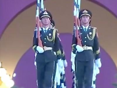 天安门广场国庆升旗仪式 祝新中国生日快乐